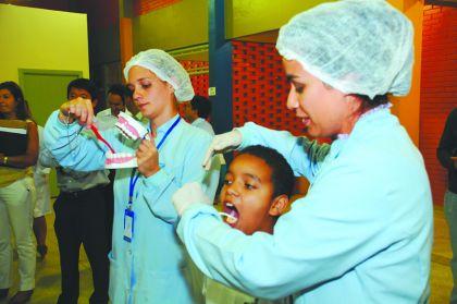 Notícias de Luziânia - Prefeitura de Luziânia realizou evento para prevenir a população contra o câncer bucal