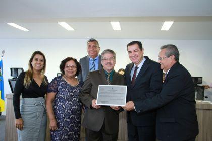 Notícias de Águas Lindas - Hildo do Candango e Aleandra Sousa prestigiam sessão solene na Câmara de Vereadores