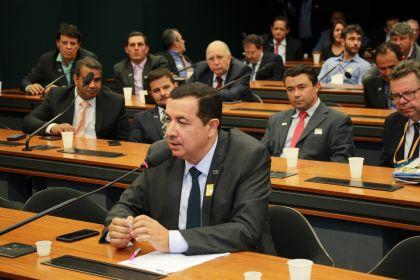 Gestão Hildo trabalha no desenvolvimento econômico de Águas Lindas