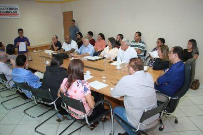 Hildo do Candango se reúne com secretários para discutir soluções que visam melhorar e desburocratizar os serviços públicos