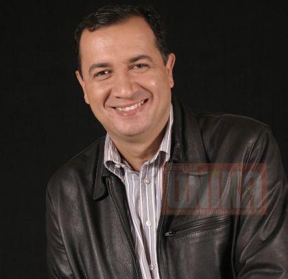 Notícias de Águas Lindas - Hildo do Candango é escolhido como um dos melhores profissionais do ano