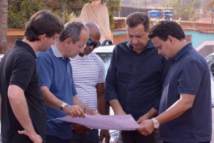 Prefeito Hildo do Candango realizou vistoria nas obras dos setores Jardim Guaíra e Jardim das Oliveiras 1 e 2