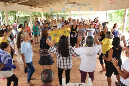 Notícias de Águas Lindas - Secretária de Assistência Social de Águas Lindas fala sobre a importância de atividades sociais para a terceira idade