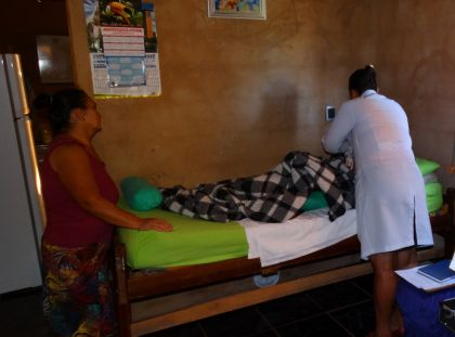Notícias de Águas Lindas - Hildo do Candango prioriza o atendimento domiciliar