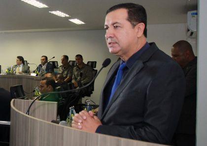Notícias de Águas Lindas - Presidente da Amab Hildo do Candango se manifesta contra aumento de tarifa