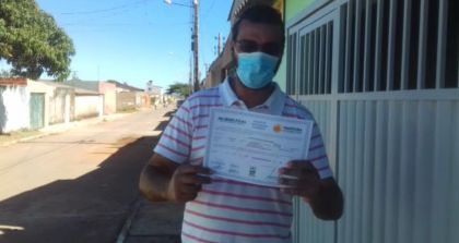 Notícia de Águas Lindas – Programa Morar Legal: Moradores começam a receber as escrituras de seus imóveis